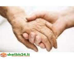 Patyres gydytojas gali aptarnauti, konsultuoti, slaugyti senelius