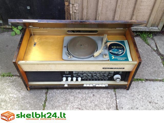 Senovinis Vef radijo imtuvas-patefonas